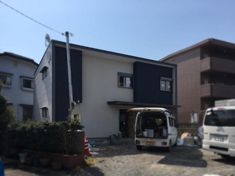 2階建てモダン住宅